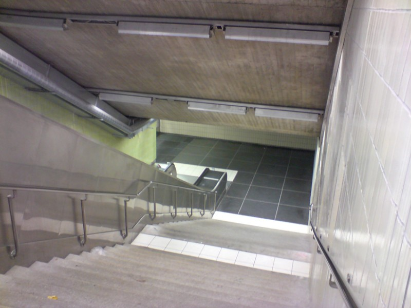 marieberg trappa beige grön web